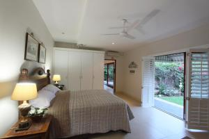 64 Ocean Drive Guesthouse, Guest houses  Ballito - big - 5