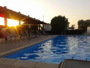 Sunset Garden Villa