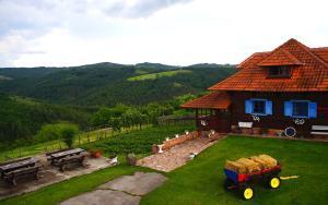 Etno Selo Rajski Konaci