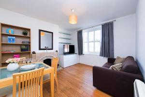 2 Bed Apartment Frazier Street