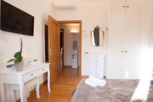 InnsideRome, Guest houses  Rome - big - 25