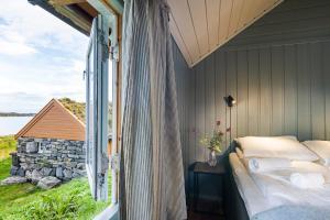 Håholmen Havstuer, Hotels  Karvåg - big - 7