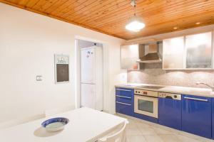 Summer House in Myconos, Prázdninové domy  Glastros - big - 13