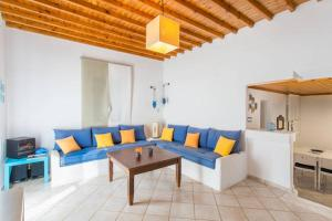 Summer House in Myconos, Prázdninové domy  Glastros - big - 19