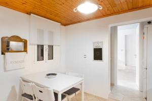 Summer House in Myconos, Prázdninové domy  Glastros - big - 33