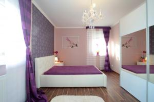 2 Private Rooms Schillerstrasse (5205)