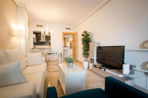 Holidays2Malaga City Beach, Apartments  Málaga - big - 9