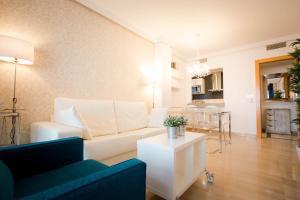 Holidays2Malaga City Beach, Apartments  Málaga - big - 6