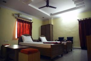 Sai Balajee's Oriental Hut, Hotel  Visakhapatnam - big - 8