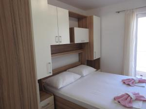 Apartment Igor, Apartments  Makarska - big - 13