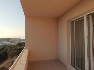 Apartment Igor, Apartments  Makarska - big - 17