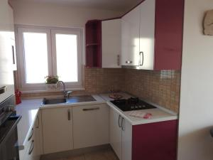 Apartment Igor, Apartments  Makarska - big - 21
