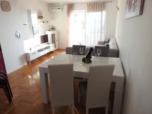 Apartment Igor, Appartamenti  Makarska - big - 26
