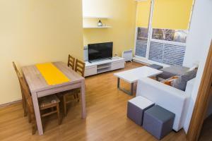 Studio Apartment Yellow - фото 4