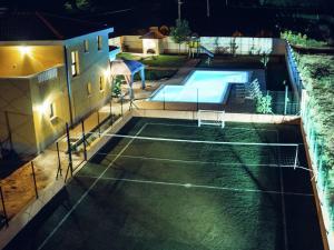 Relax Luxury Villa Near Makarska, Виллы  Donji Proložac - big - 36