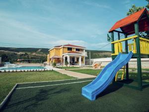 Relax Luxury Villa Near Makarska, Виллы  Donji Proložac - big - 8