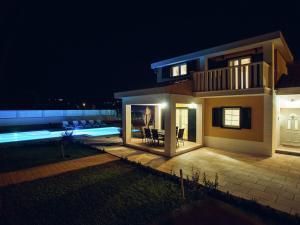 Relax Luxury Villa Near Makarska, Виллы  Donji Proložac - big - 6