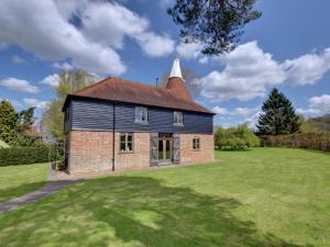 Kings Bank Oast, Case vacanze  Beckley - big - 20