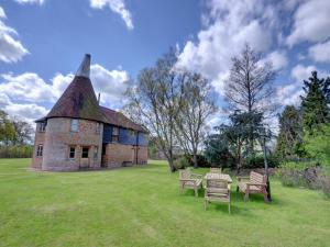 Kings Bank Oast, Case vacanze  Beckley - big - 19