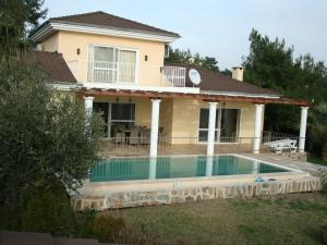 Villa Latika