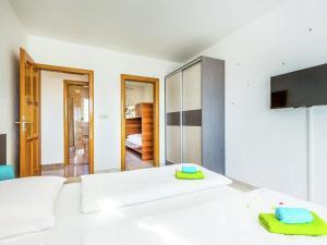 House Chiara 2, Ferienhäuser  Dramalj - big - 7