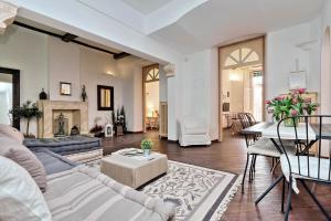 Corso Charme - My Extra Home, Apartmány  Řím - big - 17