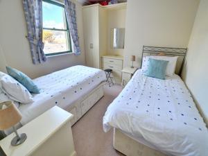 32 St Brides Bay View Apts, Ferienwohnungen  Broad Haven - big - 8