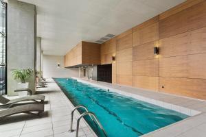 Luxury CBD 2 Bedrooms Service Apartment - Melbourne CBD, Victoria, Australia