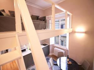 Colosseo Topnotch Apartment, Апартаменты  Рим - big - 13