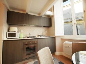 Colosseo Topnotch Apartment, Ferienwohnungen  Rom - big - 11
