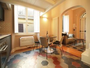 Colosseo Topnotch Apartment, Ferienwohnungen  Rom - big - 17