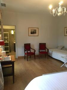 Chateau Pech-Céleyran, Bed & Breakfasts  Salles-d'Aude - big - 24