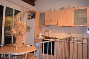 Casa Med Holiday Home, Ferienhäuser  Isolabona - big - 46