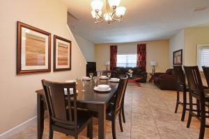 8967 Cat Palm Road Pool Home, Prázdninové domy  Kissimmee - big - 4