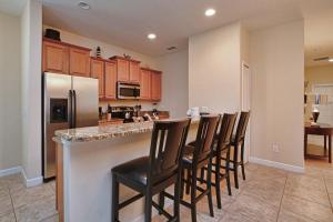 8967 Cat Palm Road Pool Home, Prázdninové domy  Kissimmee - big - 6