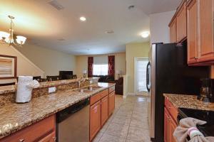 8967 Cat Palm Road Pool Home, Prázdninové domy  Kissimmee - big - 7