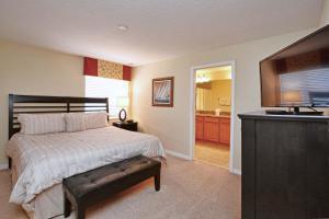 8967 Cat Palm Road Pool Home, Prázdninové domy  Kissimmee - big - 8