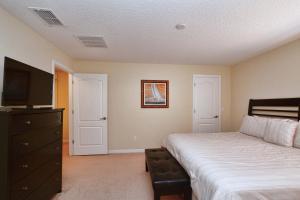 8967 Cat Palm Road Pool Home, Prázdninové domy  Kissimmee - big - 12