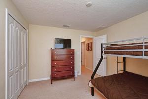 8967 Cat Palm Road Pool Home, Prázdninové domy  Kissimmee - big - 17