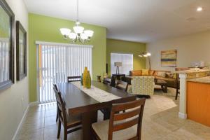8954 California Palm Rd Pool Home, Дома для отпуска  Киссимми - big - 7
