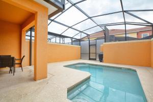 8954 California Palm Rd Pool Home, Дома для отпуска  Киссимми - big - 25
