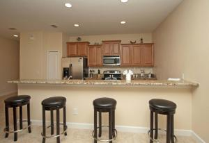 8968 Cat Palm Road Pool Home, Holiday homes  Kissimmee - big - 11