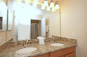 8968 Cat Palm Road Pool Home, Holiday homes  Kissimmee - big - 14