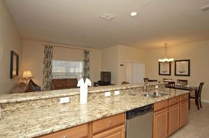8968 Cat Palm Road Pool Home, Holiday homes  Kissimmee - big - 24