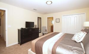 8940 Cuban Palm Road Pool Home, Holiday homes  Kissimmee - big - 4
