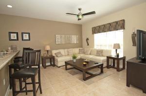 8940 Cuban Palm Road Pool Home, Holiday homes  Kissimmee - big - 8