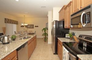 8940 Cuban Palm Road Pool Home, Holiday homes  Kissimmee - big - 10
