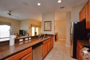 8976 Coco Palm Road Holiday Home, Dovolenkové domy  Kissimmee - big - 5
