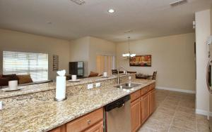 8952 California Palm Road Pool Home, Holiday homes  Kissimmee - big - 3