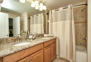 8952 California Palm Road Pool Home, Holiday homes  Kissimmee - big - 10
